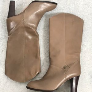 Etienne Aigner calf heeled nude leather boots